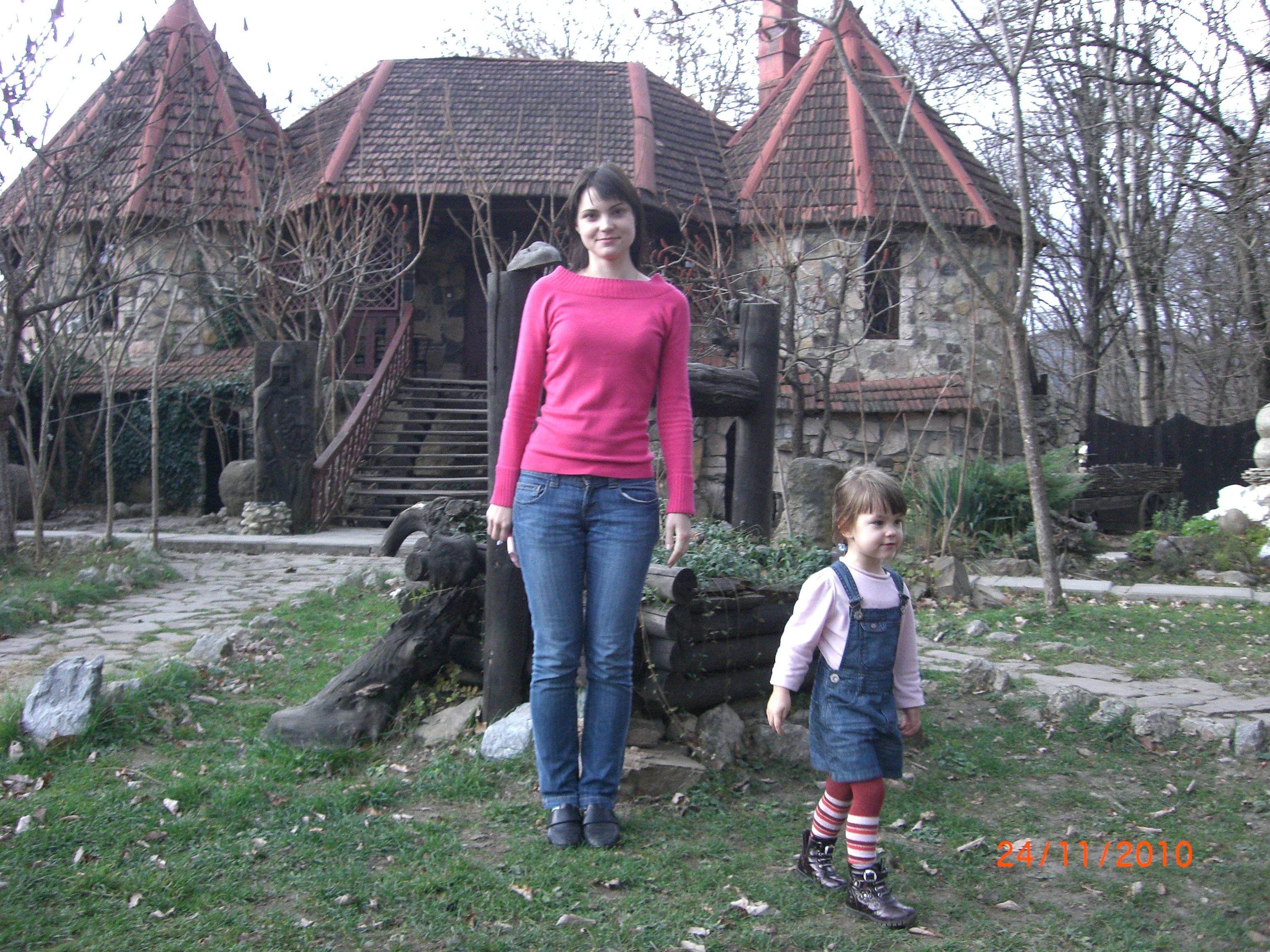 Варенька с мамой