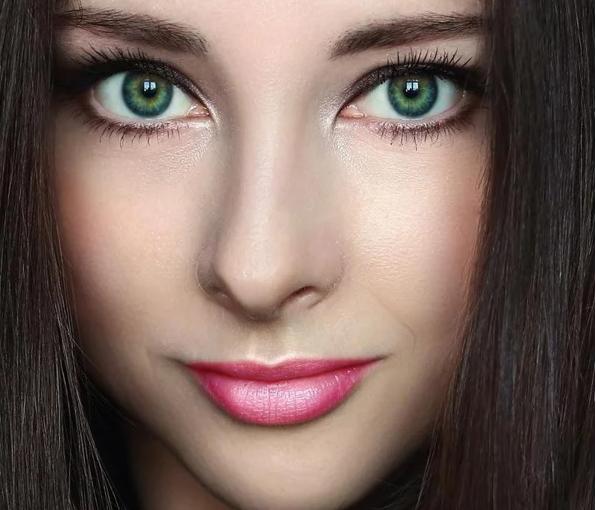 Как генетически наследуется зеленый цвет глаз?