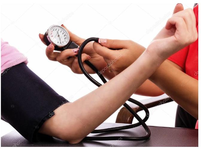 У пожилых людей свои нормы артериального давления. Полная таблица данных по возрастам.